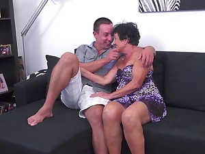Sexy MILF Hanna D. gets rammed in a clamp be expeditious for different positions