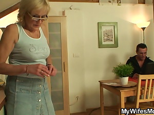 Shaved pussy, girlfriend's mother swallows his cock