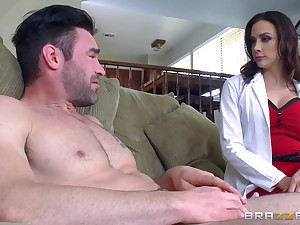 Amateur nude skirt pleases this blistering patient with the fuck of his life