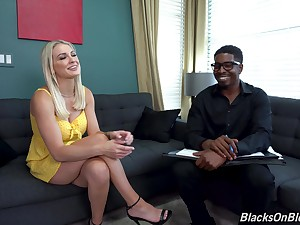 Black ladies' is set to anal fuck this gorgeous MILF the way she deserves it