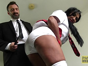 Rough pussy destruction be useful to mature brunette Nicole Dupapillon