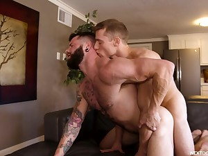 Bareback anal romance leads both men to idiotic pleasures