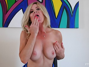 Mature babe toys will not hear of marvelous cunt while flashing bared