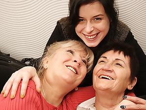 Two Mature Lesbians Pleasing A Hot Young Lesbian Babe - MatureNL