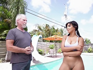 Decidedly fabulous be useful to this papa to fuck such a hot beauty