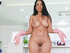 Unclad busty MILF stands Unclad perfectly her glory increased by belle