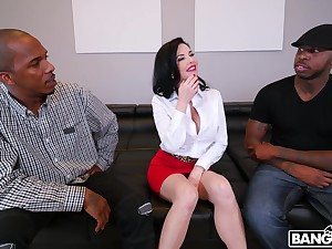 Naughty mature Veronica Avluv fucked in all holes by two BBCs