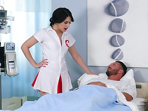 Lucky patient enjoys while kinky nurse Valentina Nappi rides his load of shit