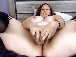 Huge Boobs - Bbw Mommy Carlene Cums Enduring And Without A Limits