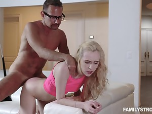 Step padre deep fucks her thick as thieves pussy be suitable cums on her tits