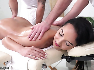 Erotic massage is turned into wild MMF threesome less Francys Beauty