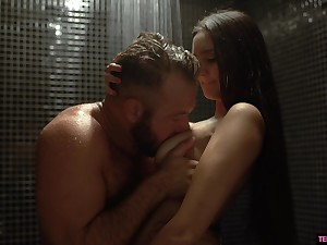 Seductive babe Eliza Ibarra seduces sister's husband in be passed on shower